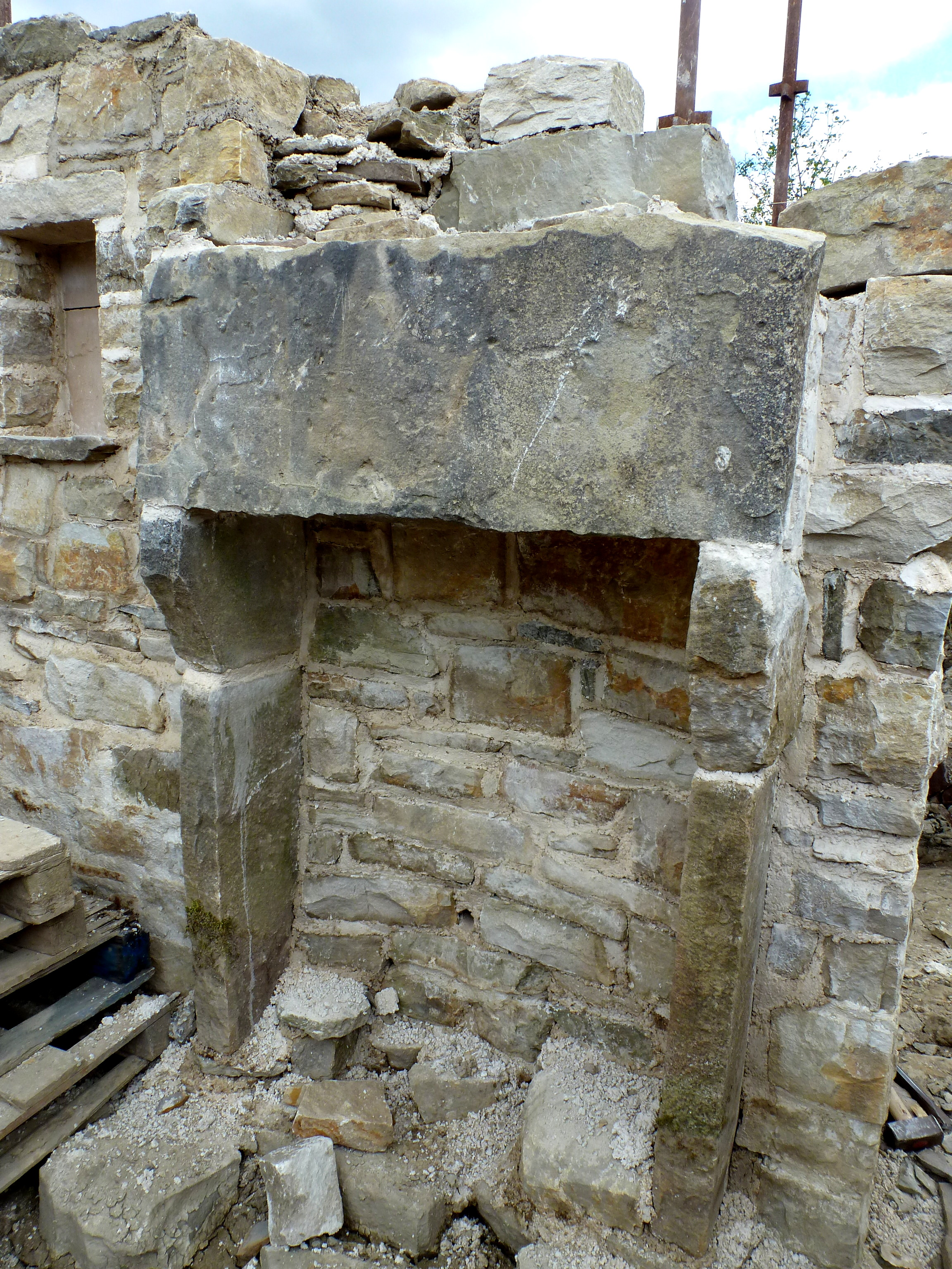 Uncategorized Building A Stone Fireplace how to build a stone fireplace and chimney flue 3 limewindow this unique mountcharles style fireplace